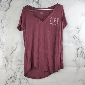Zoe + Liv V-neck Maroon Short Sleeve T-shirt